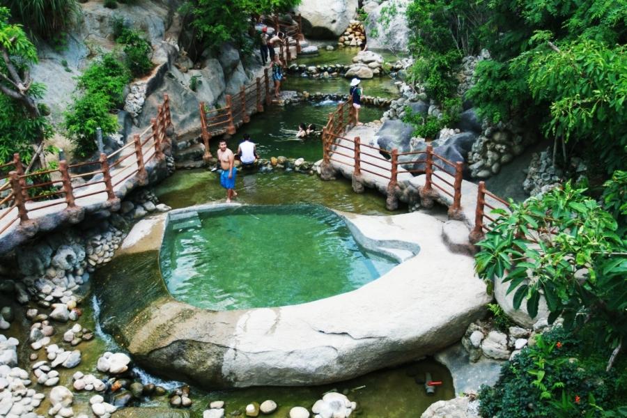Tour du lịch núi Thần Tài chất lượng nhất thị trường năm 2017